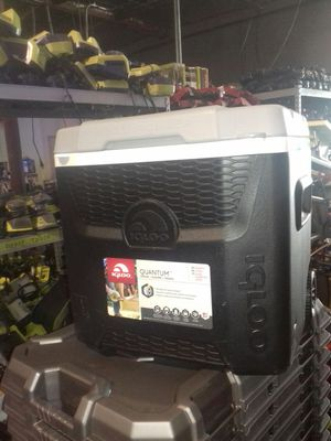 Igloo Quantum cooler 52 quart for Sale in Phoenix, AZ