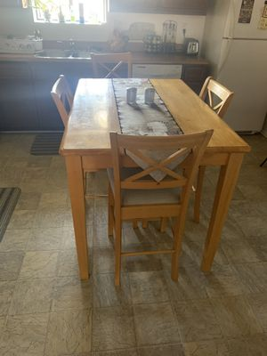 Kitchen Table with chairs for Sale in Irwindale, CA