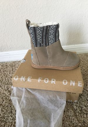 Tom boots little girl 5c brand new!!!!! for Sale in Gibsonton, FL