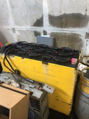 Forklift battery 36V for Sale in San Leandro, CA