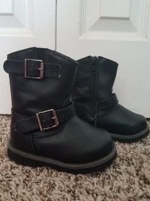 Toddler girls size 5 buckle winter boots for Sale in Colorado Springs, CO
