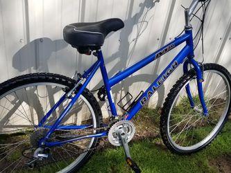 "Raleigh 30"" Girls Mountain Bike for Sale in Newberg,  OR"