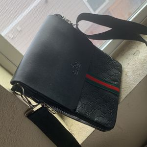 Gucci Man Side Bag for Sale in Aurora, CO
