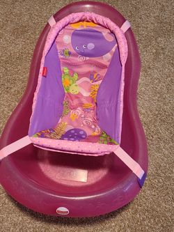 Brand New Baby Bathtub Never Used for Sale in Bonney Lake,  WA