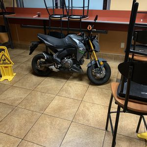 Z125 Pro Kawasaki Motorcycle/honda Grom for Sale in Happy Valley, OR
