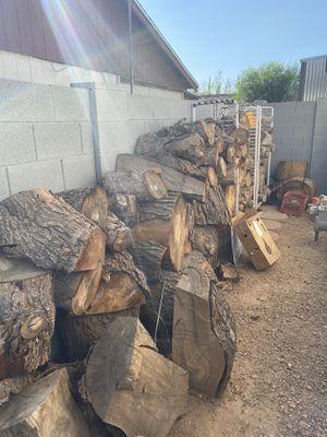 Firewood for sale. Seasoned pine, needs to be split for Sale in Phoenix, AZ