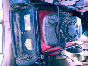 Used lawn mower good condition for Sale in Fresno, CA