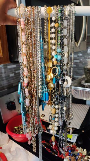 FREE Necklaces for Sale in Clayton, NC