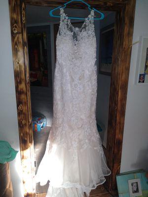 Size 12 custom wedding dress for Sale in Eustis, FL