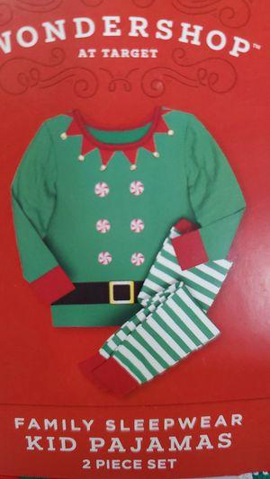 New Kids Christmas 2pc Pajama Set for Sale in Chandler, AZ