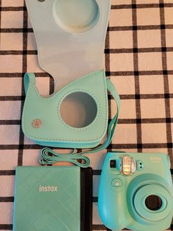 Fuji Film Instax Mini 75 Camera for Sale in Yakima,  WA