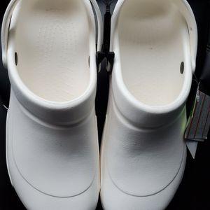 NEW- Uni-Sex White Bristo Crocs size M 12 for Sale in Renton, WA