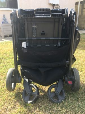 Foldable Black Armadillo Stroller - mamas & papas for Sale in Rosemead, CA