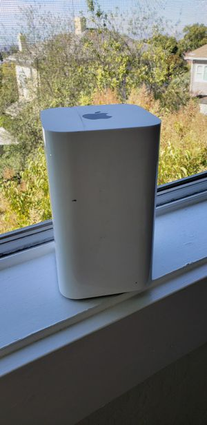 Apple Router: AirPort Extreme A1521 for Sale in Piedmont, CA
