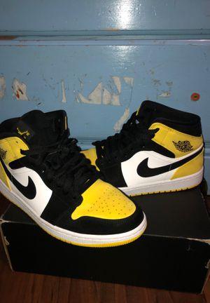 Air Jordan 1 yellow toe mid for Sale in Tampa, FL