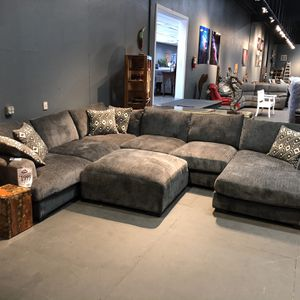 Take Home Today!! Large Grey Sectional Only $1999! Add An Ottoman For $199! for Sale in Vancouver, WA