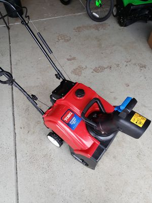 Toro Power Clear 180 Snow Blower for Sale in Naperville, IL