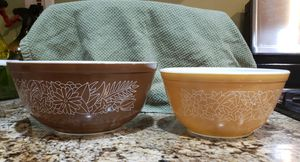 Pyrex Woodland Bowls 2 for Sale in Germantown, MD