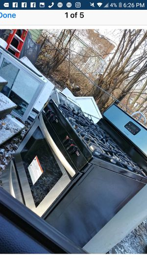 Brand new 5 burner and brand new stove for Sale in Detroit, MI