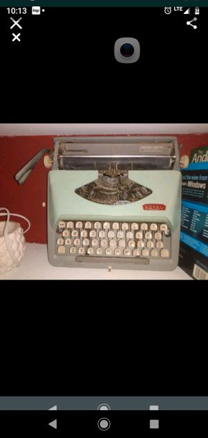 Old type writer. for Sale in Columbia, SC