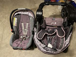 Graco Click Connect Infant Car Seat and Stroller for Sale in Stafford, VA