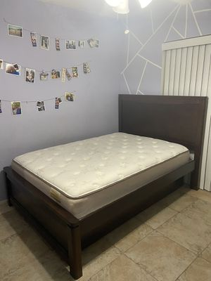 Size Full Bed Frame + Drawer Attachment for Sale in Orlando, FL