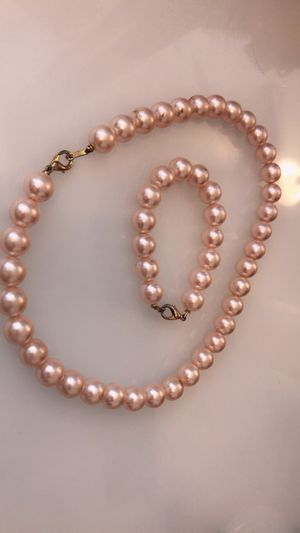 Necklace and bracelet pearls light pink women for Sale in Buckeye, AZ