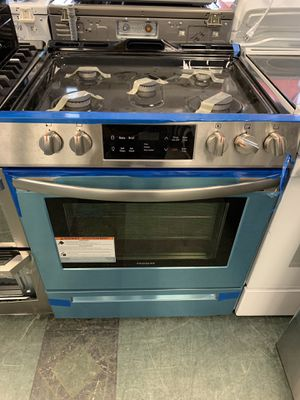 """30"""" NEW FRIGIDAIRE SLIDE IN GAS STOVE STAINLESS STEEL WITH ONE YEAR WARRANTY for Sale in Woodbridge, VA"""