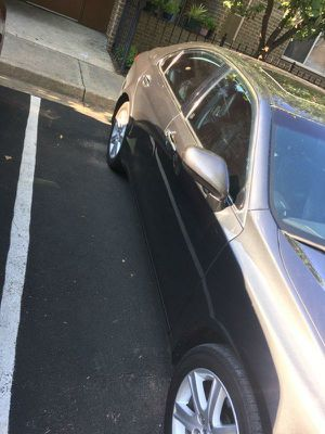 Hey we have a Excellent running Es Lexus Excellent no issues runs like new wit cold Ac for Sale in Washington, DC