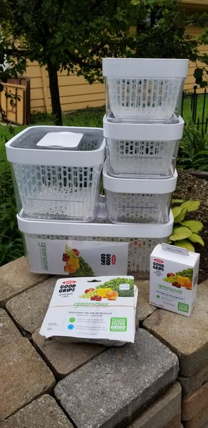 OXO Good Grips green saver food storage containers for Sale in Avon, OH