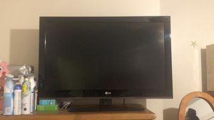 """Lg tv 37"""" for Sale in Pico Rivera, CA"""