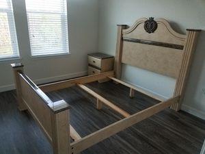 Queen Bedroom Furniture set for Sale in Orlando, FL