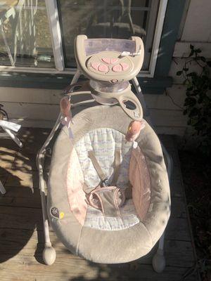 Ingenuity InLighten Cradling Swing - Piper for Sale in Martinez, CA