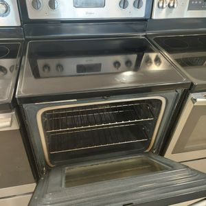 Whirlpool Electric Stove Stainless Steel Use Good Condition 90days Warranty for Sale in Washington, DC