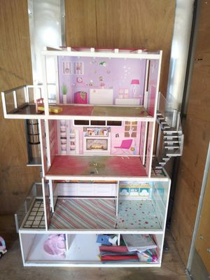 BARBIE HOUSE FOR GIRL,HOUSE MAKE WITH WOOD STILL GOOD CONDITION for Sale in Los Angeles, CA