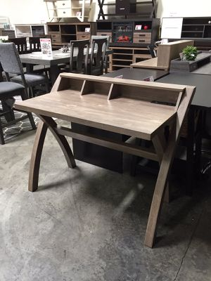 Office Desk with USB Outlet, Hazel for Sale in Bell Gardens, CA