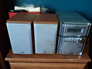 Jvc stereo with speakers for Sale in Lancaster, OH