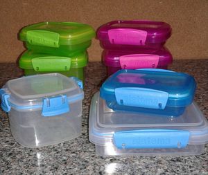 SEVEN SMALL STORAGE CONTAINERS BUNDLED for $6.00 for Sale in Manteca, CA