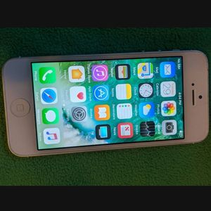 iPhone 5 GSM Unlocked In Decent Condition for Sale in National City, CA