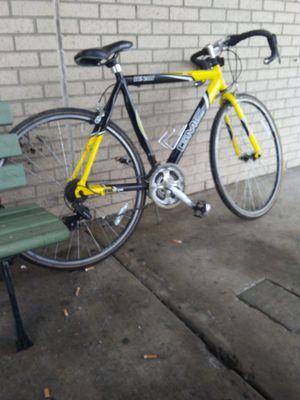 GMC Denali 700c road bike make offer for Sale in McEwen, TN