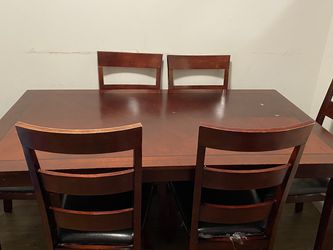 Seven piece dining room Set for Sale in Severna Park,  MD