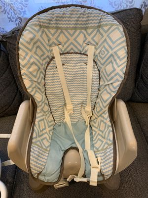 Fisher Price Spacesaver High Chair Clean for Sale in Corona, CA