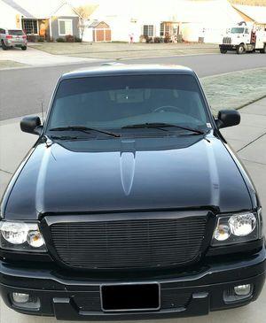 Black OO5 Ford Ranger 4.0L for Sale in East Orange, NJ