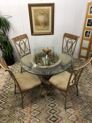 Circular Glass Top Dinning Kitchen Breakfast Table with 4 Chairs (Delivery Service Available) for Sale in Boynton Beach, FL