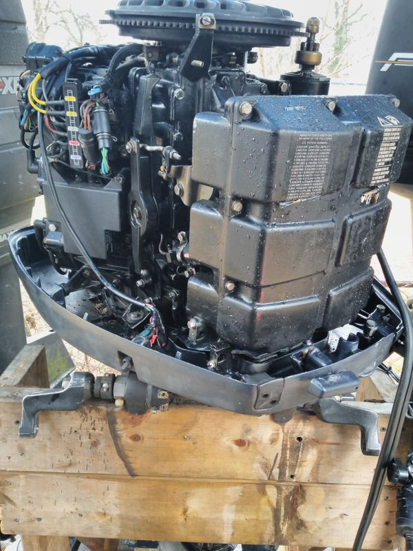 Evinrude Xp175hp 20in Shaft Outboard Motor