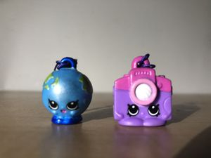 Keychain shopkins world vacation for Sale in Raleigh, NC
