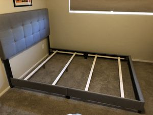 Low profile bed frame for Sale in Tempe, AZ