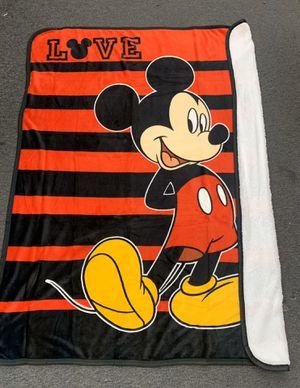 Disney Borrego Blanket for Sale in Los Angeles, CA