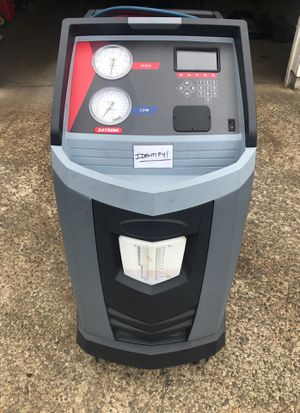 Robinair A/C machine 1year old and full bottle 134 for Sale in Edgewood, WA