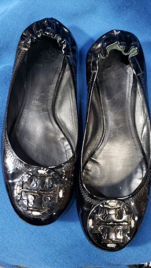 Tory burch Patent leather size 7 1/2 -8 for Sale in Dallas, TX